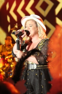 Kelly Clarkson, NYE, MGM Grand Vegas