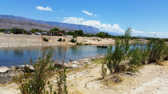 Border crossing at Boquillas, Mexico: (c) RVLuckyOrWhat.com