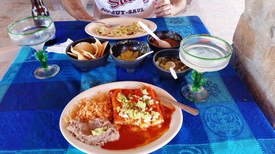 Lunch at Jose Falcoln's in Boquillas; (c) RVLuckyOrWhat.com